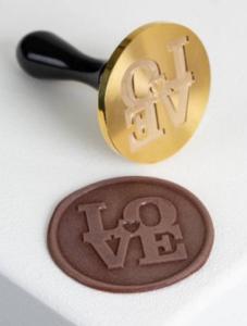 """Zegelstempel voor chocolade """"Love"""" 3 cm"""